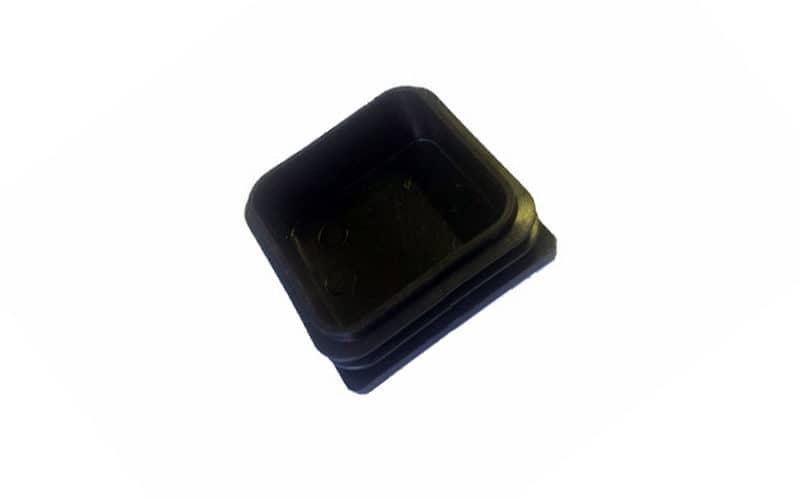 Пластиковая заглушка на трубу 50х50 мм