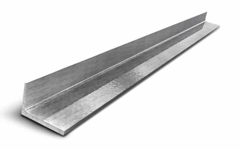 Уголок металлический 100х63 мм